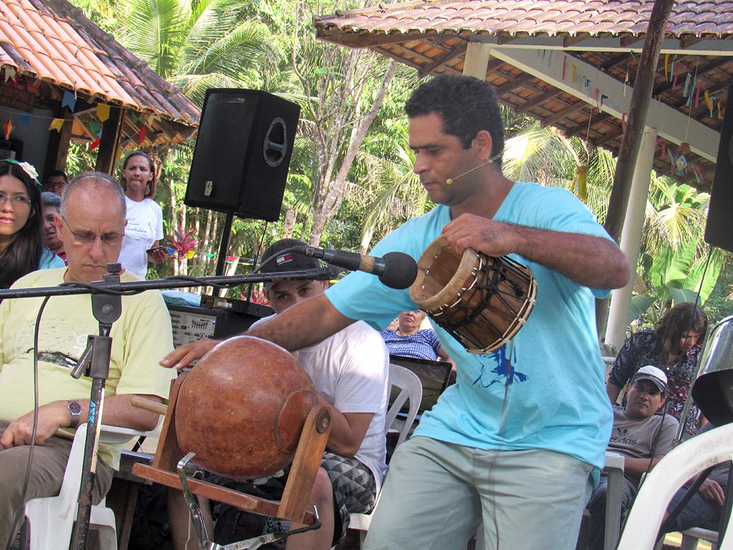 Apresentação musical de Waldiney Machado.  Foto: Galdino Mota
